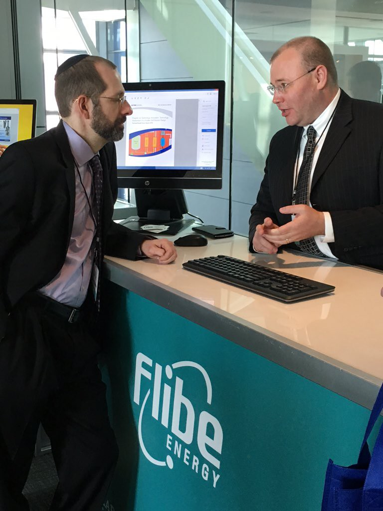 adv-reactor-summit-flibe-booth